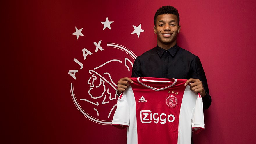 ajax-breekt-contract-van-david-neres-open