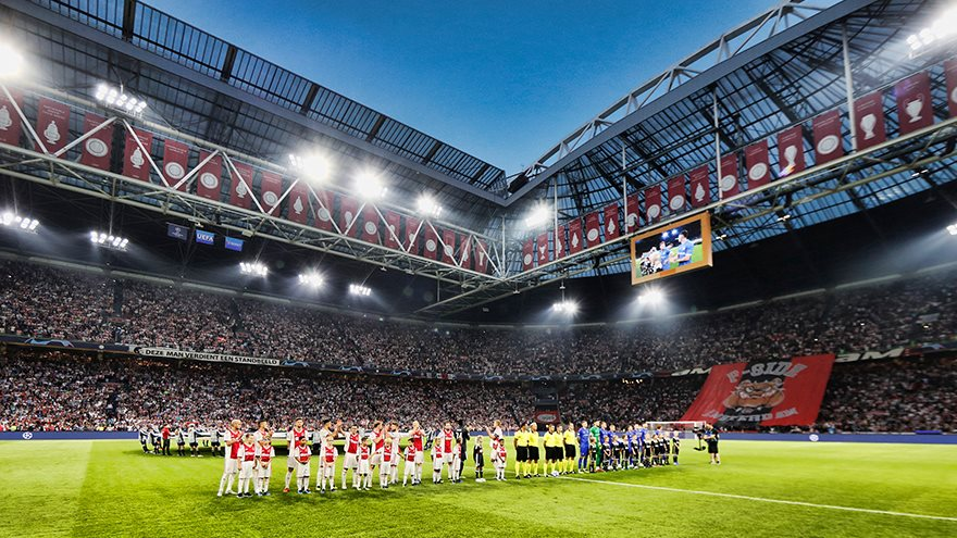 de-warming-up-voor-ajax-real-madrid