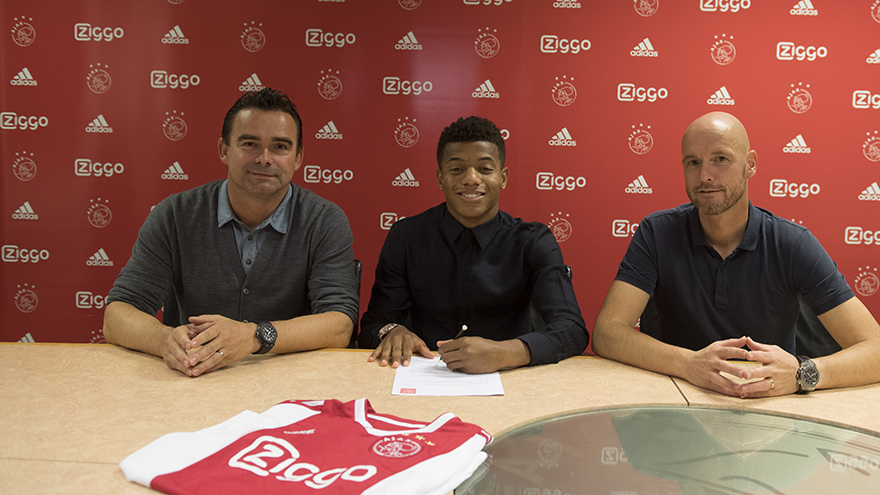ajax-breekt-contract-van-david-neres-open-2